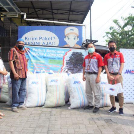 Kumpulkan Bantuan Untuk Korban Bencana Alam di NTT